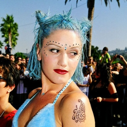 7 Gwen Stefani Blue Hair