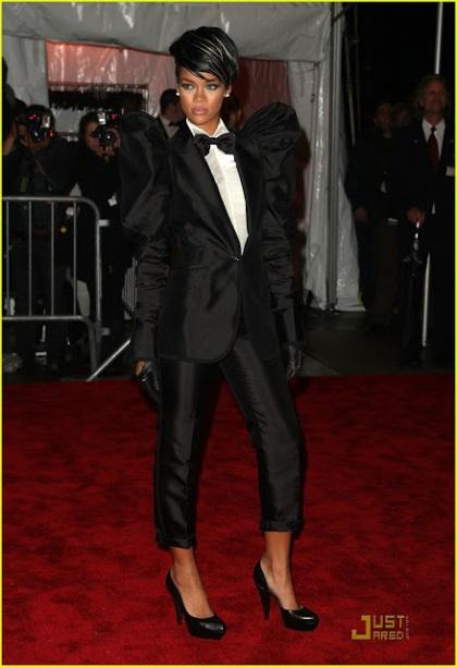Rihanna YSL